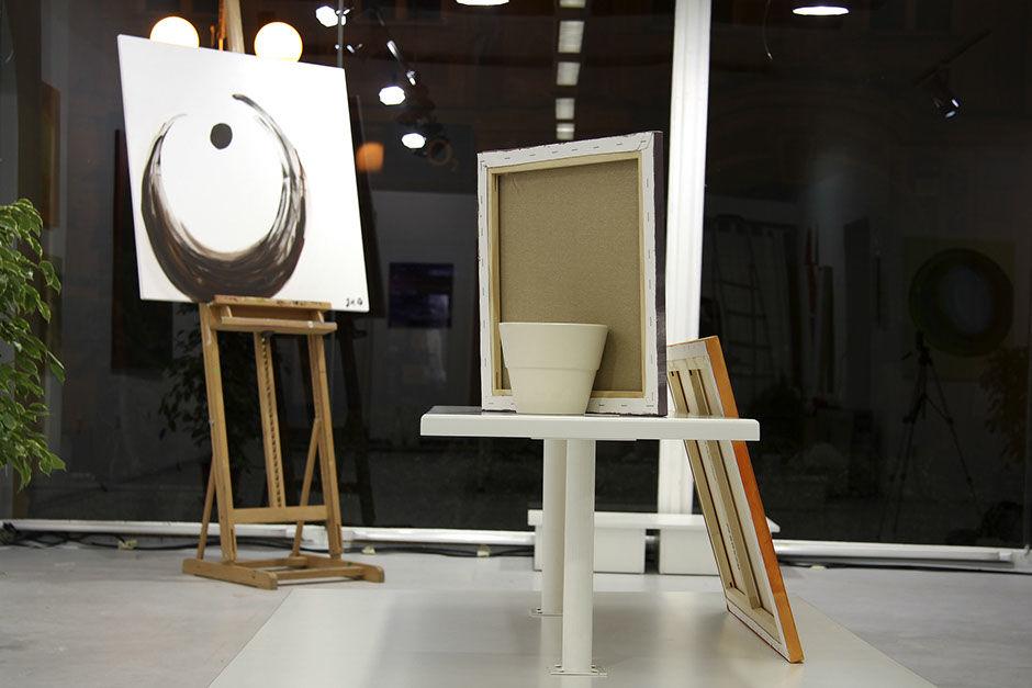 """Moderní abstraktní obraz """"Hnědý bod"""""""